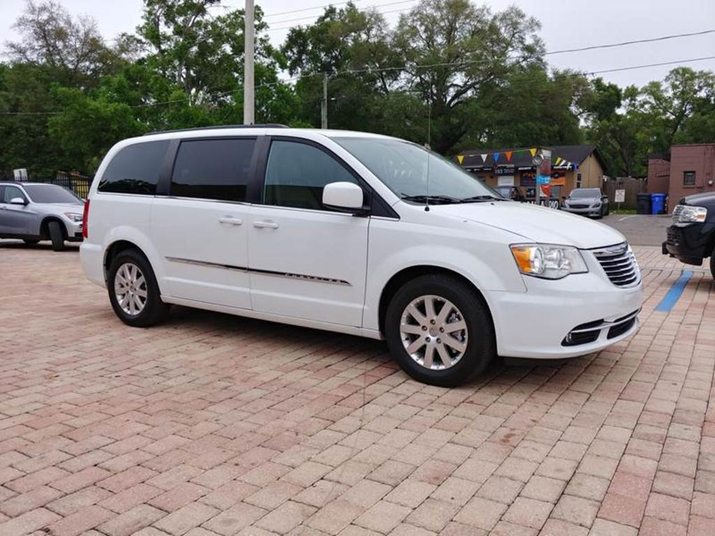 2015 Chrysler Town And Country Touring 4dr Mini Van photo