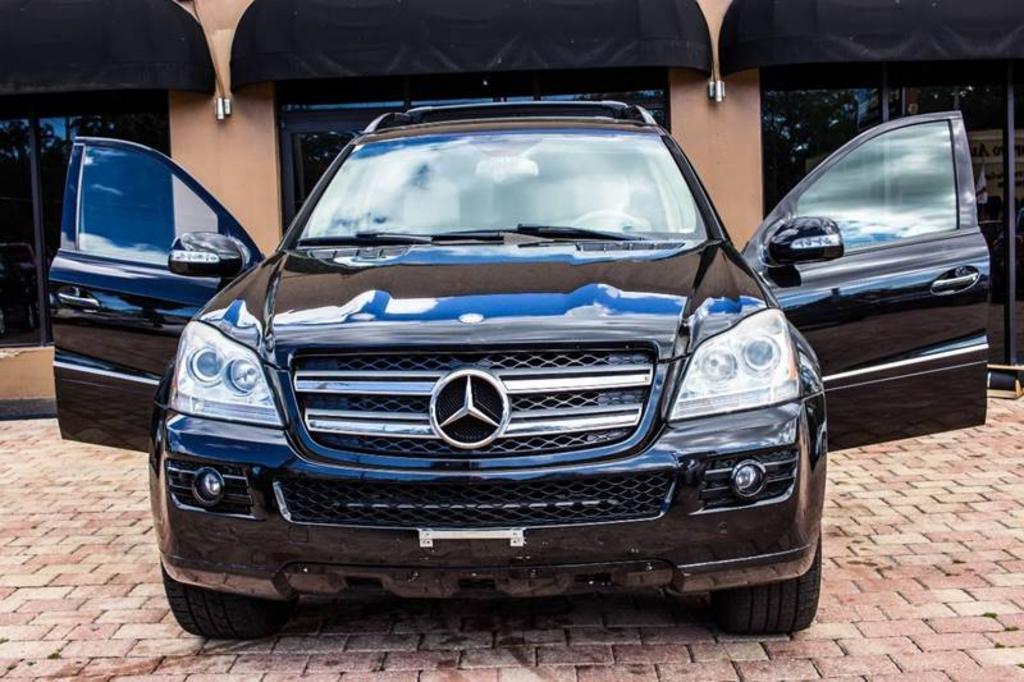 The 2008 Mercedes-Benz GL-Class GL450 photos
