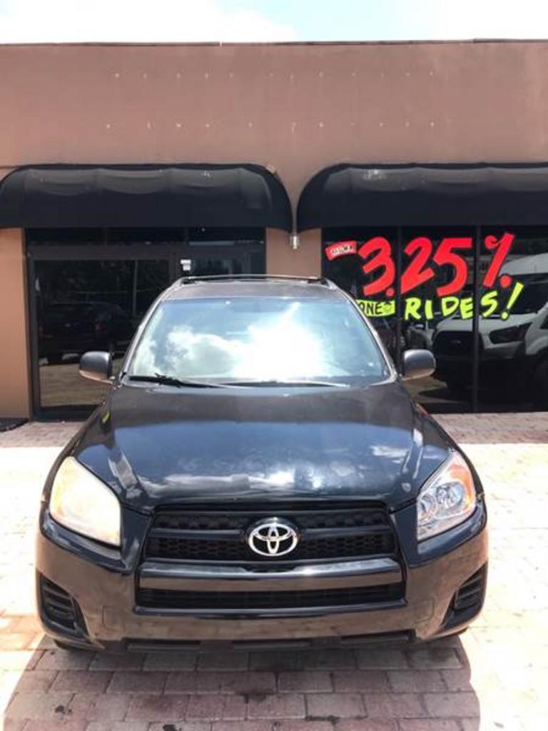 2011 Toyota RAV4 photo