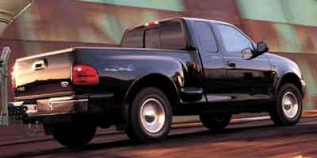 2003 Ford F-150 XL photo