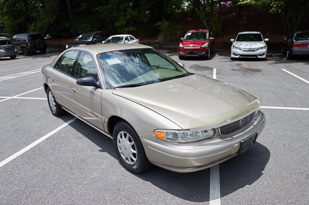 1998 Buick Century Custom photo