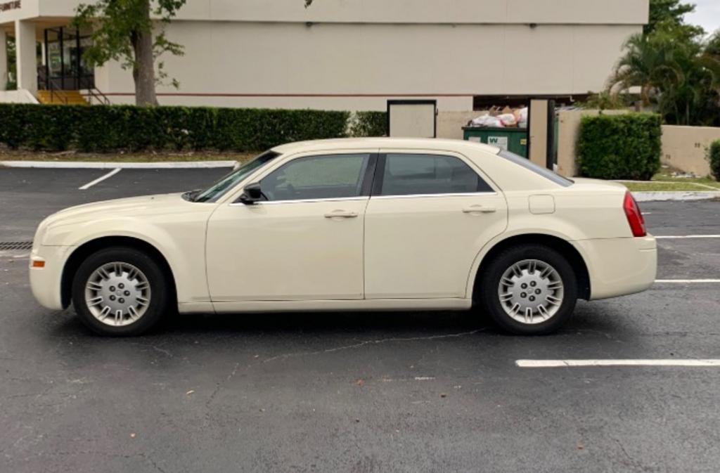 2007 Chrysler 300 photo