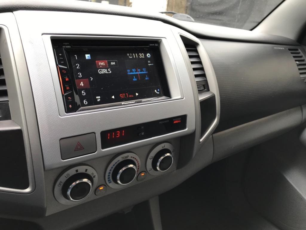 2007 Toyota Tacoma PreRunner V6 photo