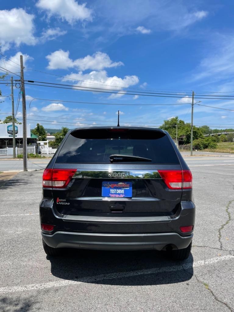 2013 Jeep Grand Cherokee Laredo photo