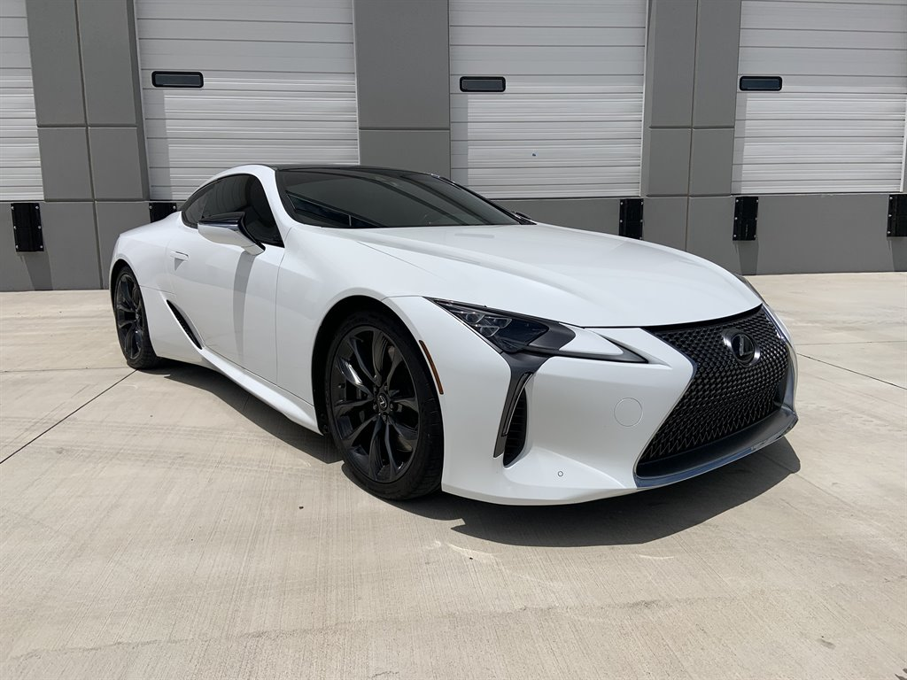 The 2018 Lexus LC 500  photos