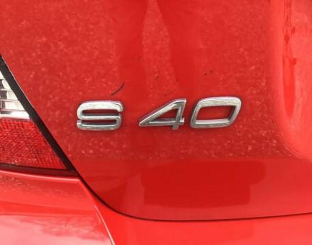 2007 Volvo S40 2.4i photo