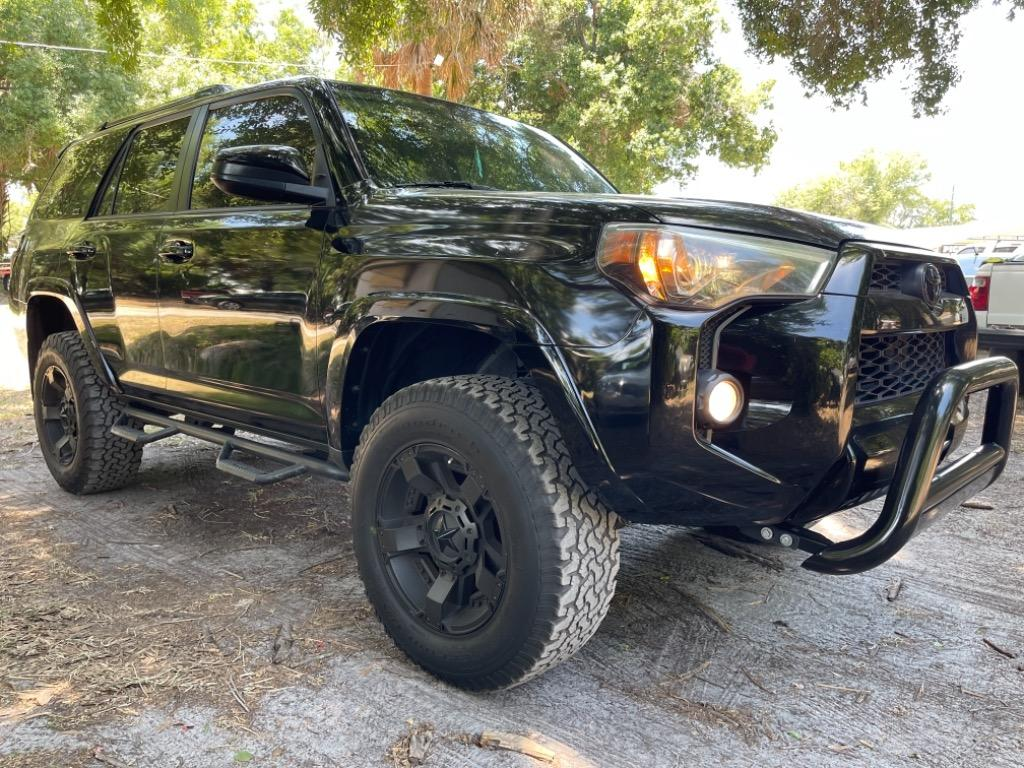 2014 Toyota 4Runner Limited photo