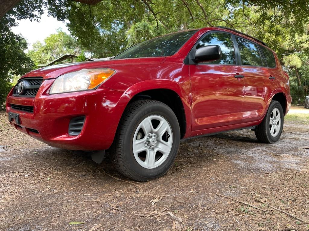 2012 Toyota RAV4 photo
