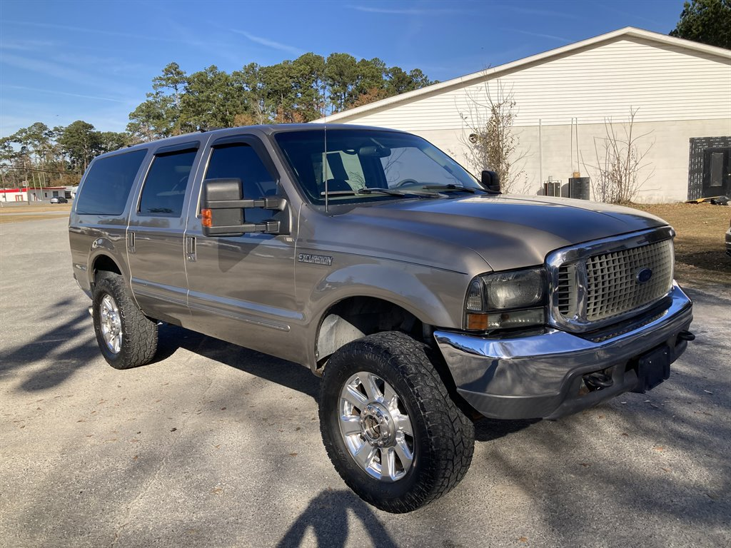 2000 Ford Excursion XLT photo