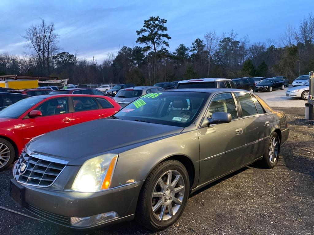 2006 Cadillac DTS Performance photo