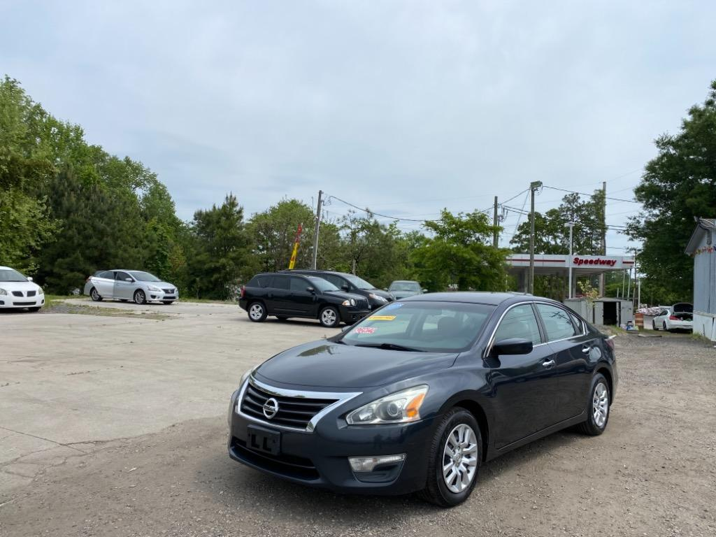 2015 Nissan Altima S photo