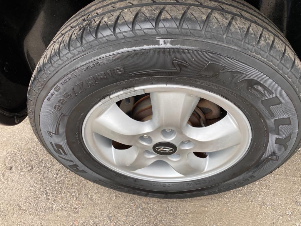 2005 Hyundai Santa Fe GLS photo