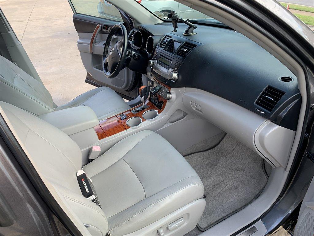 2008 Toyota Highlander Limited photo