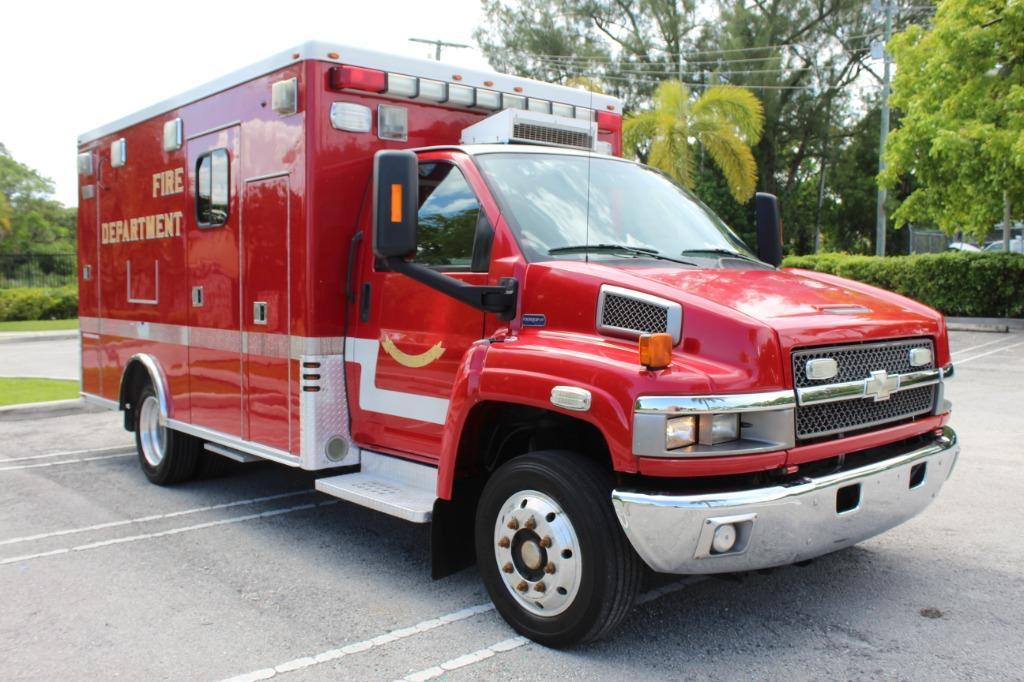 2009 Chevrolet 4500 KODIAK Ambulance photo