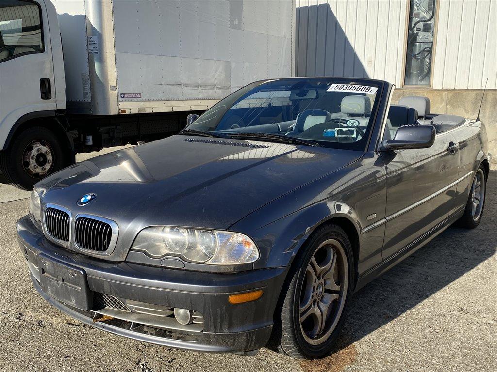 2002 BMW 3-Series 330Ci photo