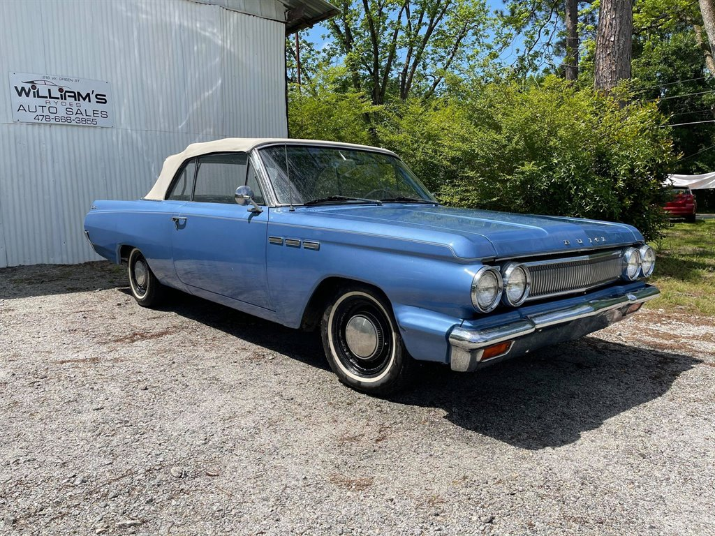 1963 Subaru Legacy 2.5i Premium photo