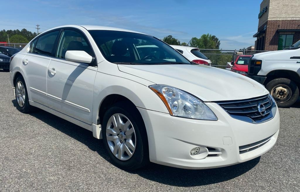 2012 Nissan Altima 2.5 photo