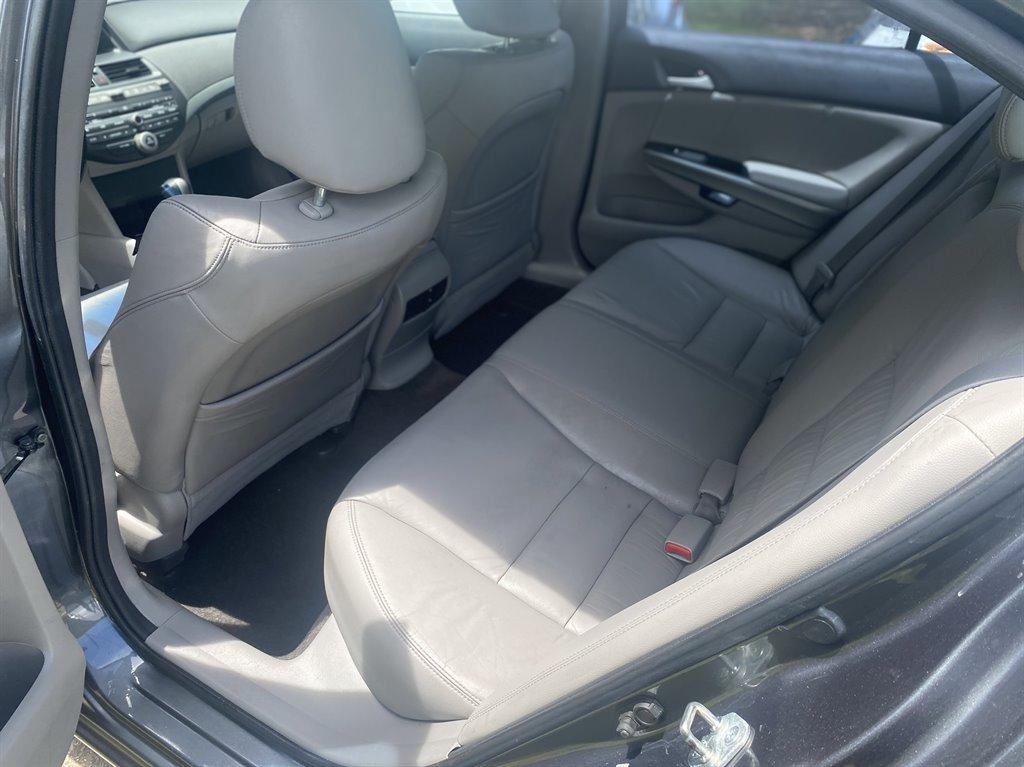 2010 Honda Accord EX-L photo