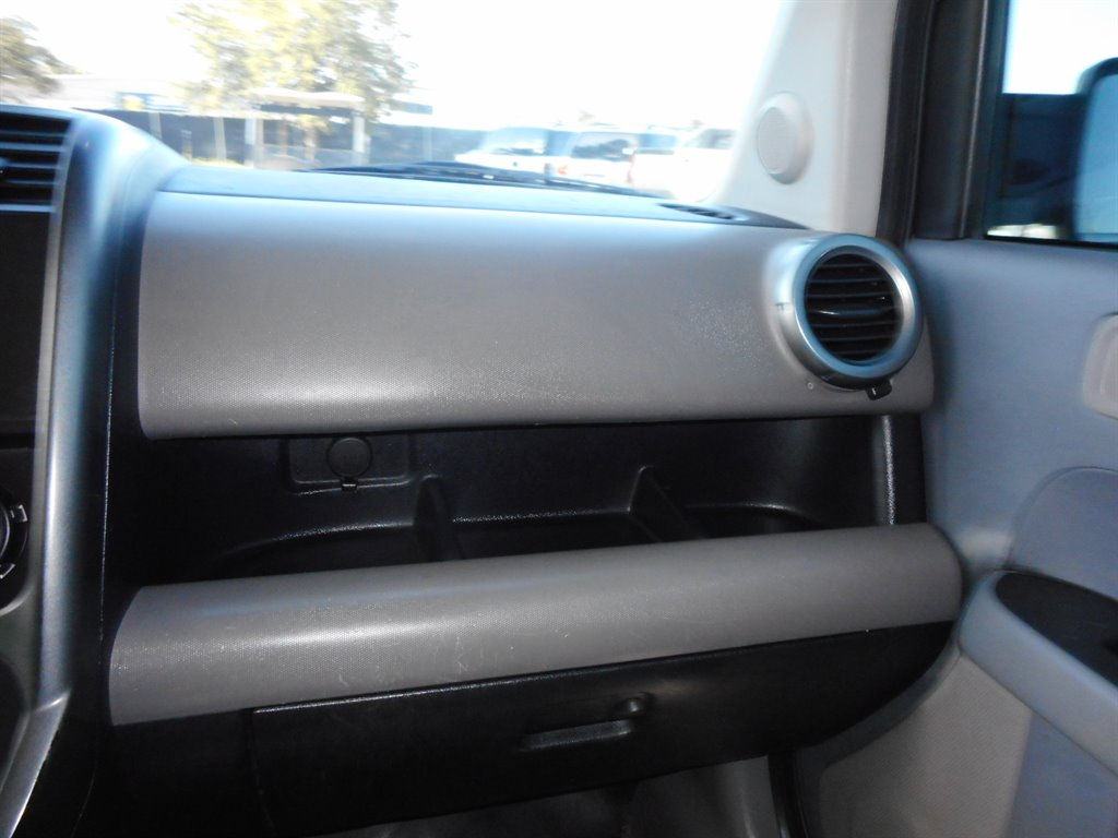 2011 Honda Element LX photo