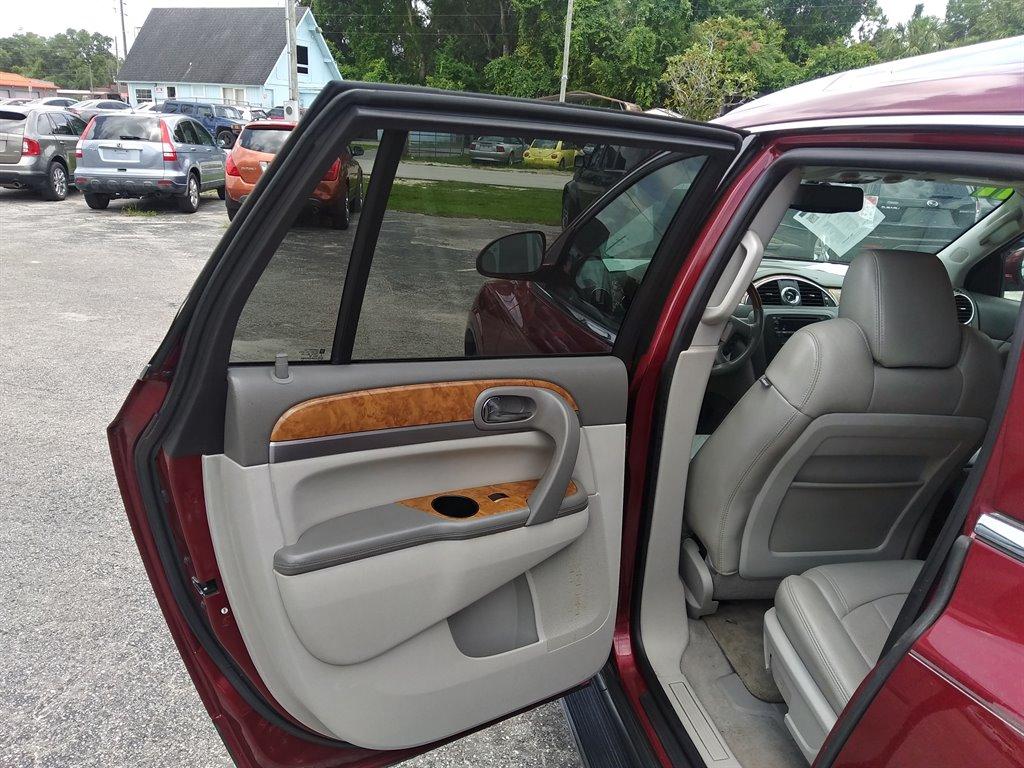 2011 Buick Enclave CXL-1 photo