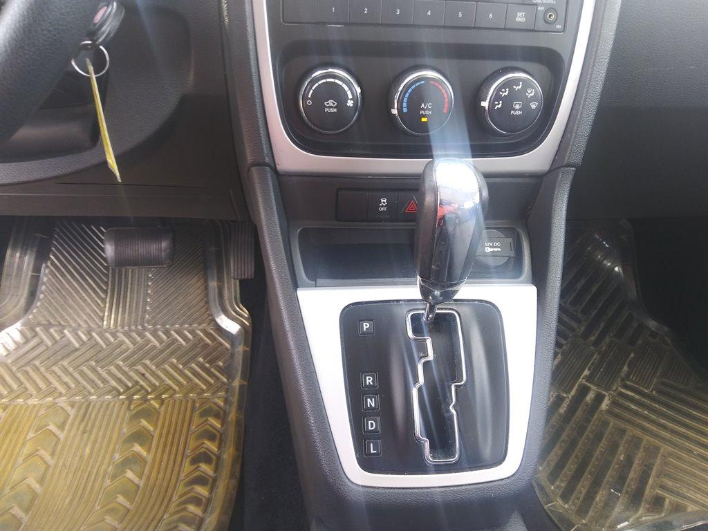 2011 Dodge Caliber Mainstreet photo
