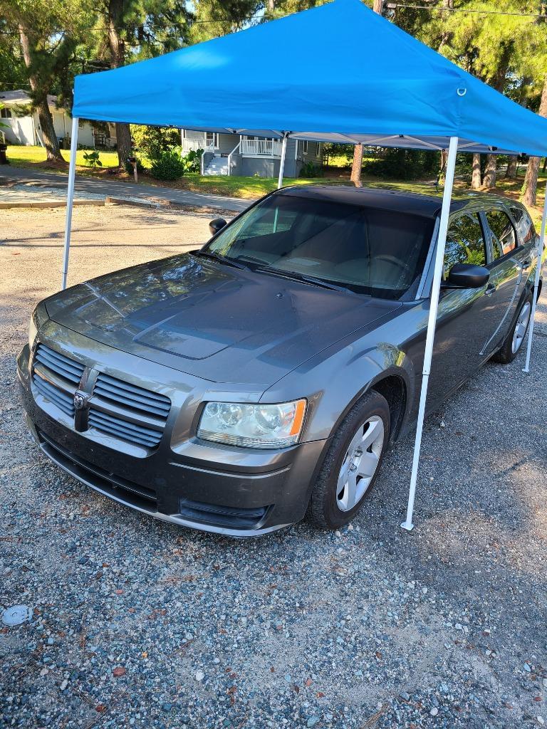 2008 Dodge Magnum photo