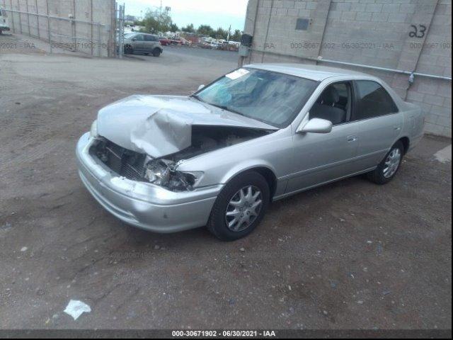 2001 Toyota Camry CE photo