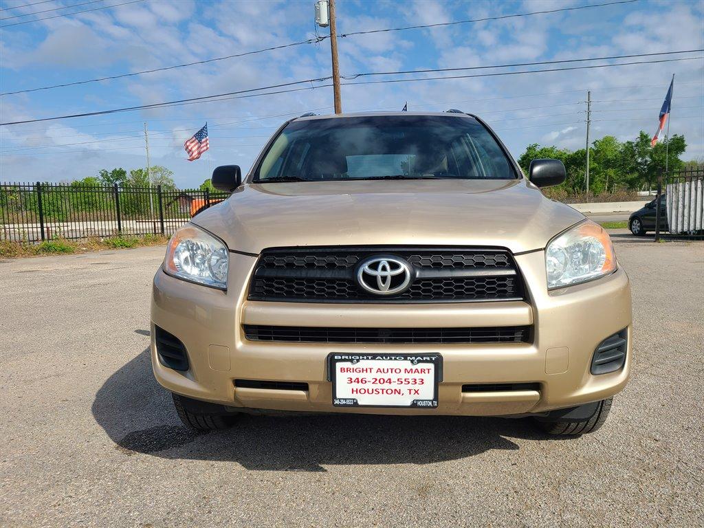 2010 Toyota RAV4 photo