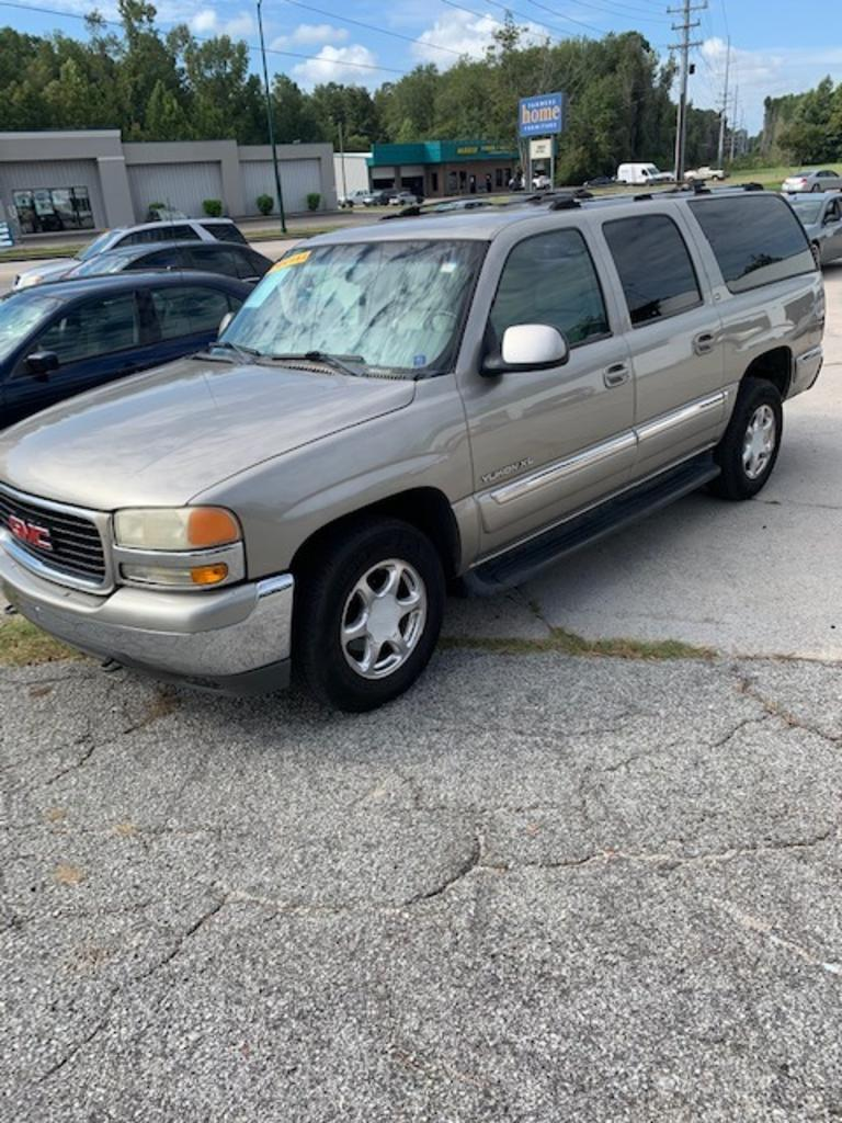 2001 GMC Yukon XL 1500 SLE photo