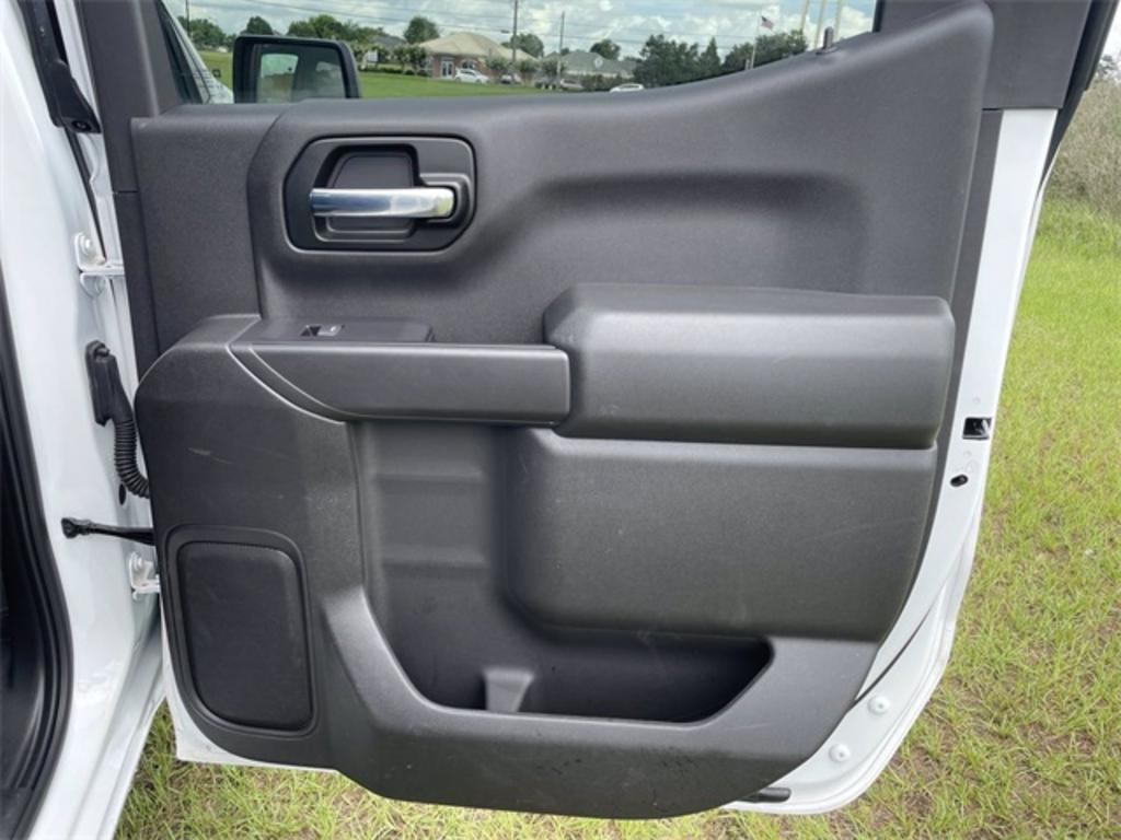 2020 Chevrolet Silverado 1500 WT photo