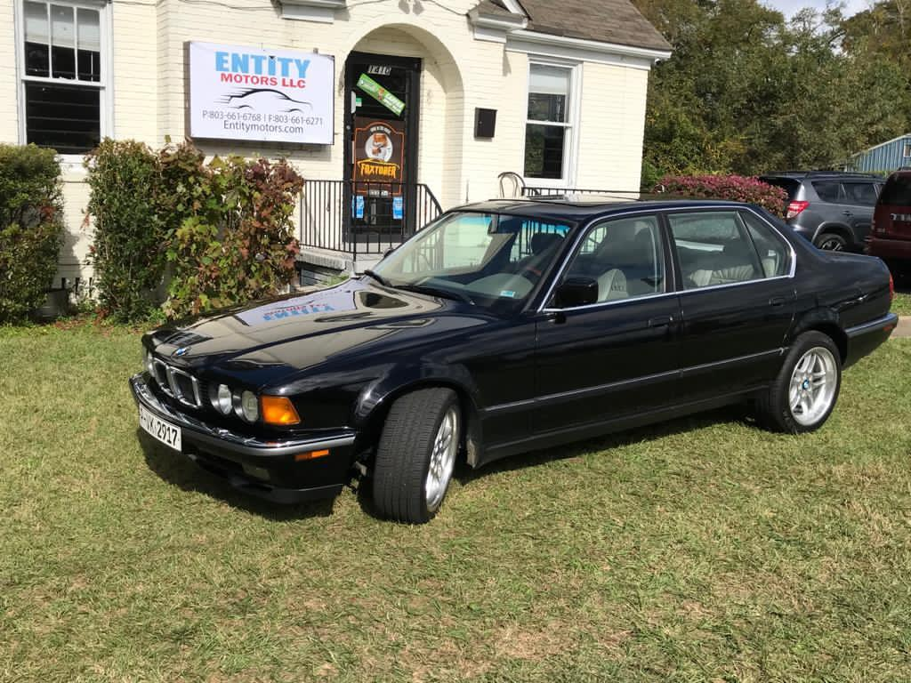 1993 BMW 7-Series 740iL photo