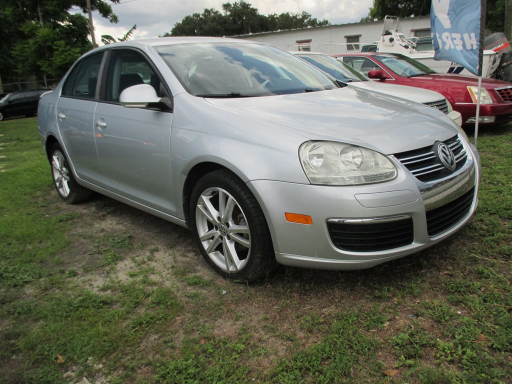 2010 Volkswagen Jetta S photo