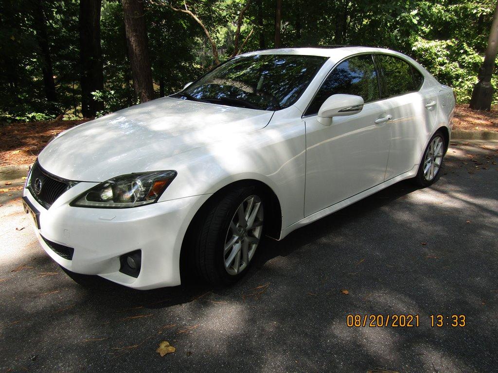2011 Lexus IS 350 photo