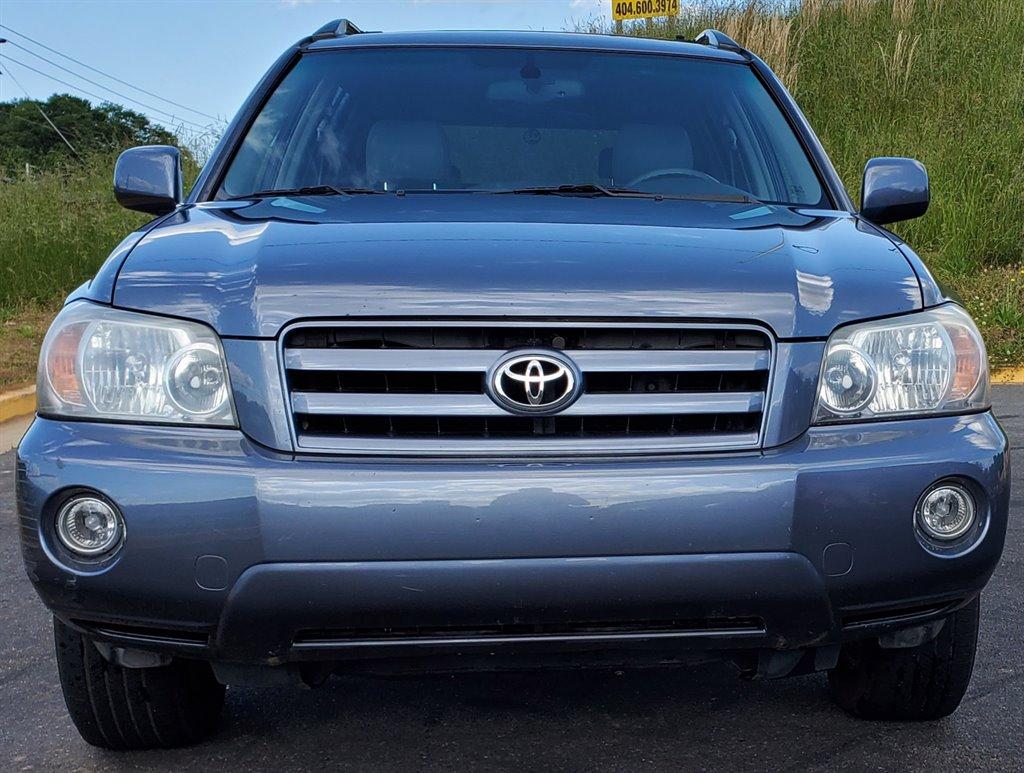 2005 Toyota Highlander photo