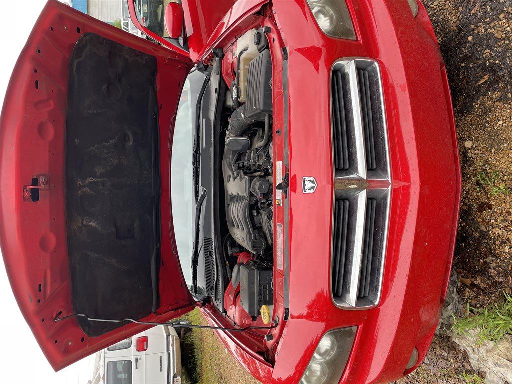 2010 Dodge Charger SXT photo