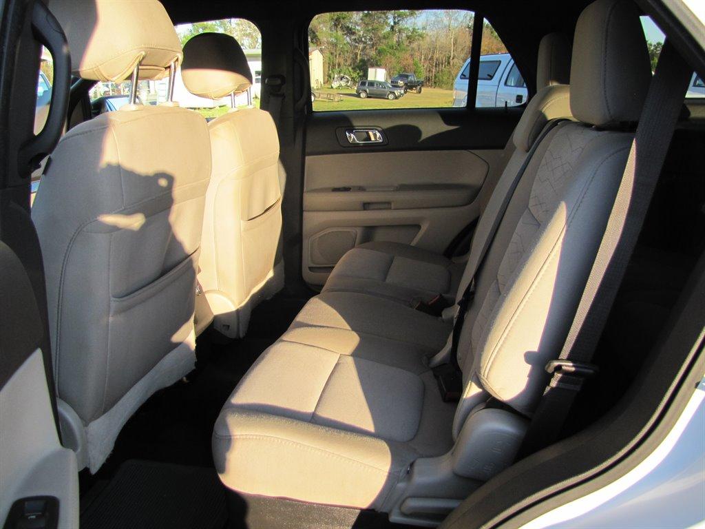 2014 Ford Explorer photo